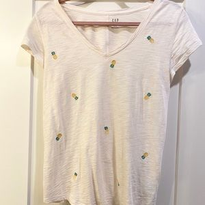 GAP pineapple t-shirt top
